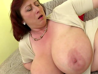 Mature nabob mom round big tits added to energized cunt