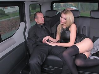 Wet rich blond is using every chance to tear up her driver, in the back of a limo