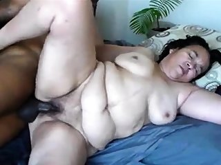 hot and broad in the beam mature - needs her holes unobscured