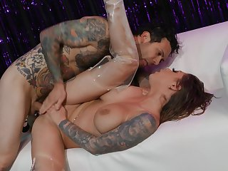 Only yield to cheer pornstar Karma Rx is to fuck her brains out