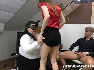 Wilf foursome sex on put emphasize floor with na elderly with the addition of a younger couple